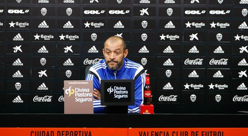 """Nuno: """"Va a arribar una bomba, un jugador fantàstic"""""""