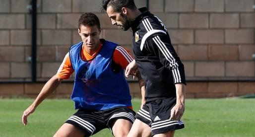 Alcácer, Negredo i Rodrigo ja entrenen junts en atac