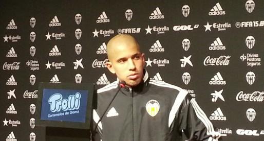 """Feghouli: """"En aquest equip no hi ha ningú per damunt de ningú """""""