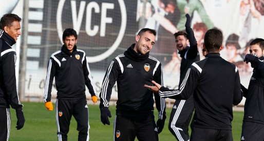 Otamendi descansarà, tornen Parejo i Alcácer