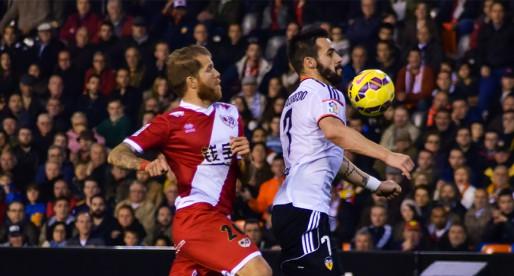 CRÒNICA VCF 3-0 Rayo: El València recupera la senda del triomf