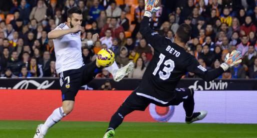 El VCF arranca la segona volta en llocs 'Champions' després de superar al Sevilla (3-1)