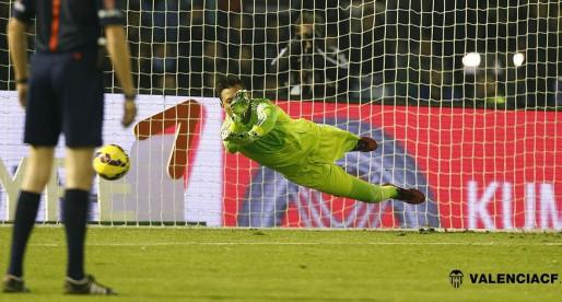 """Alves: """"Guanyar era més important que parar el penal"""""""