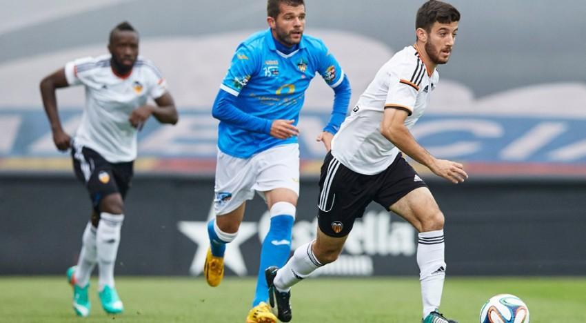 CRÒNICA Olot 0-0 Mestalla: Empat de garra i coratge
