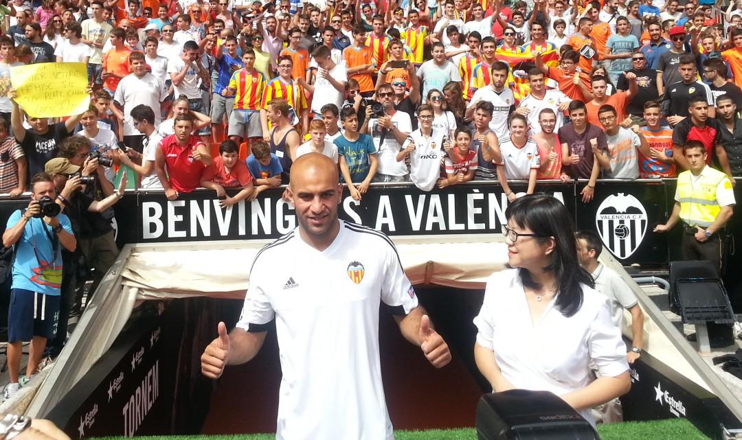 Abdennour rescindeix el seu contracte i abandona el València cf