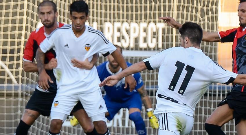 CRÒNICA UE Olot-VCF Mestalla: L'Olot frena la dinàmica del Mestalla (2-0)