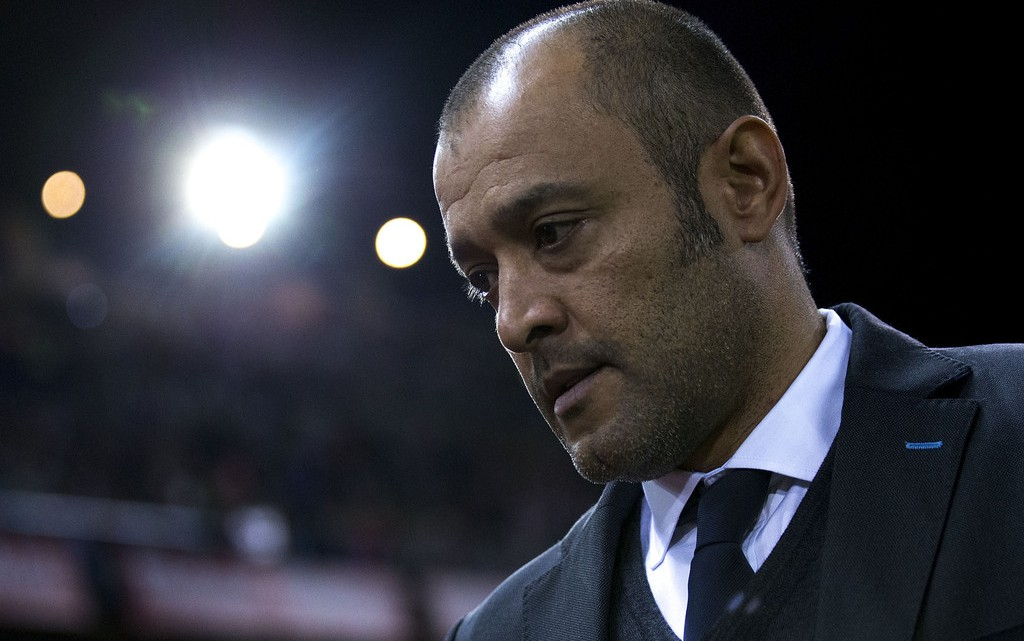 Nuno té en contra gran part de Mestalla