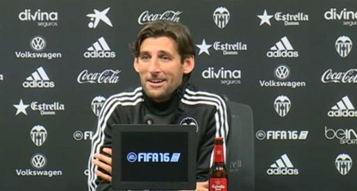 """Angulo: """"Estem preparats per a afrontar aquest repte ambiciós i il·lusionant d'entrenar al VCF Mestalla"""""""