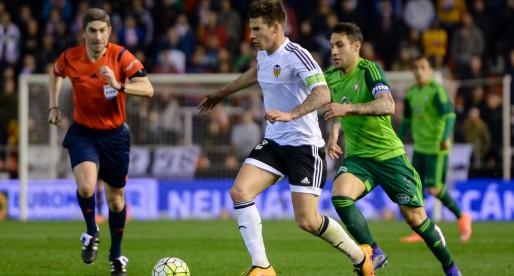 El València recupera a Mina i Enzo per a la final contra el Sevilla