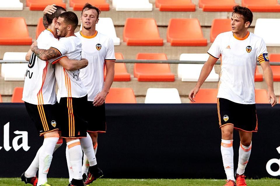 El Mestalla recupera el somriure a Cornella (1-2)
