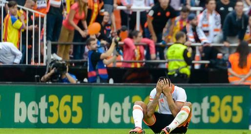 Deu anys sense guanyar al Barcelona en Mestalla