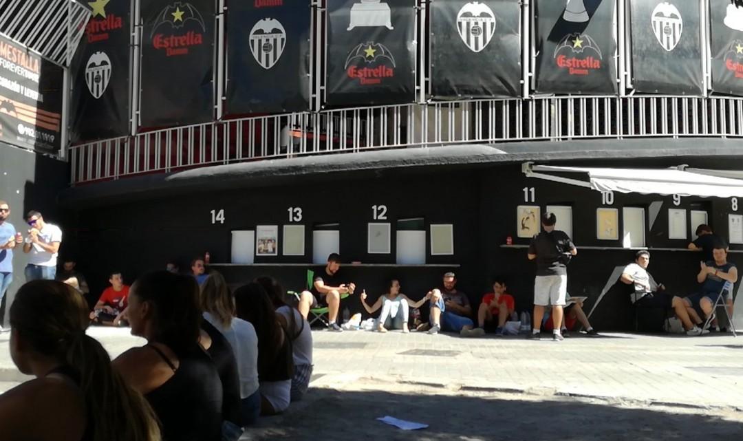 El València CF trau més entrades a la venda per al derbi