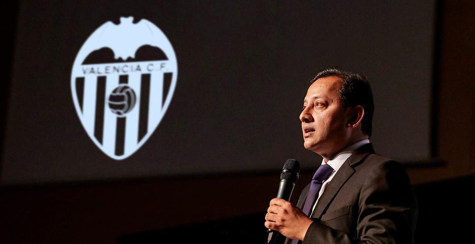 """Anil Murthy: """"Peter Lim és Meriton i Meriton controla el València"""""""
