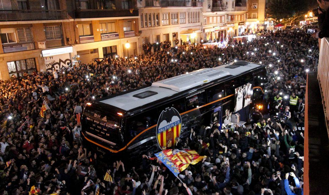 3000 aficionats gaudiran dels primers partits a Mestalla de la temporada