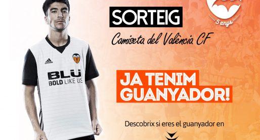 Ja tenim guanyador de la Camiseta Oficial del València CF