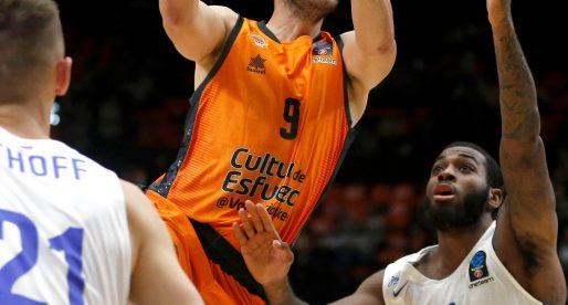 Un seriós València Basket derrota a Zenit