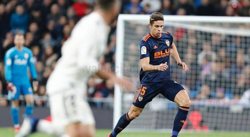 El Valencia cau 2-0 al Bernabéu i mostra la pitjor cara