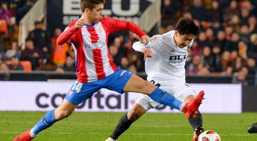 CRÒNICA: El València CF remunta a l'Sporting amb doblet de Mina i gol de Ferran per a passar a quarts