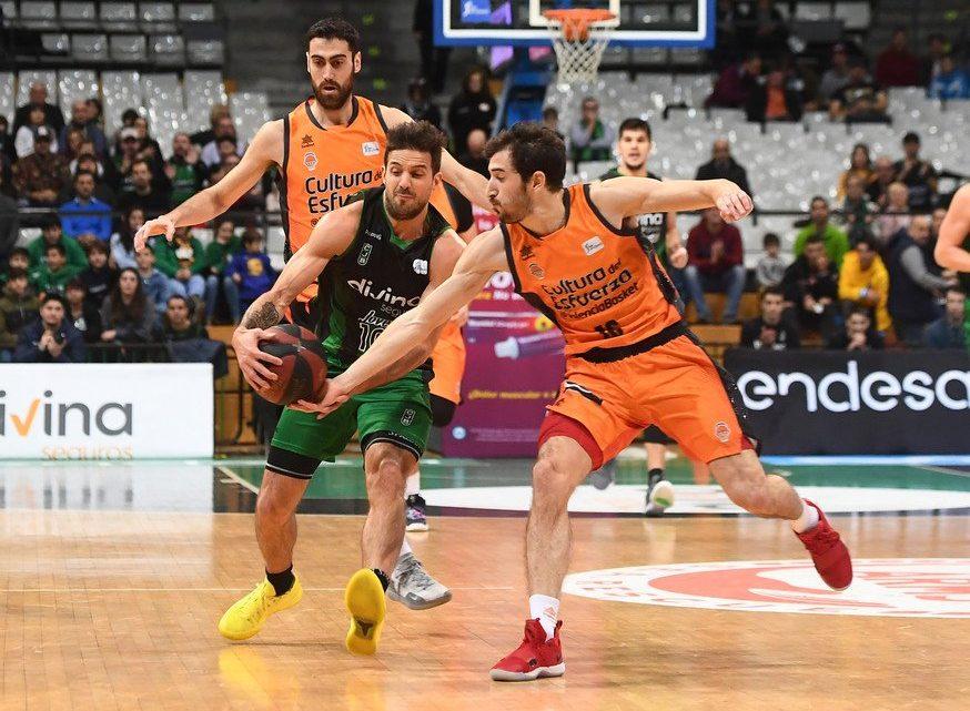 """València Basket """"regala"""" la victòria a Badalona"""