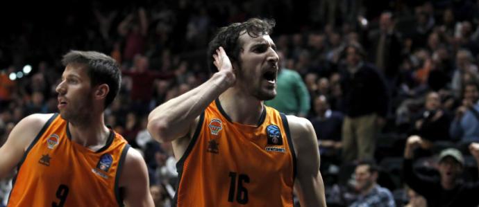 València Basket consolida el lideratge del seu grup
