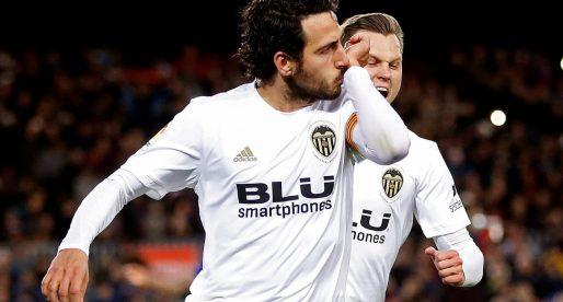CRÒNICA: El Vàlencia CF trau un valuós punt del Camp Nou