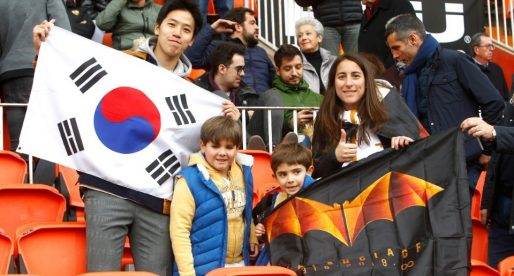 Milers d'abonats ja tenen la seua 'Bandera Centenari'