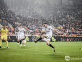 Nit inoblidable per a Lato, que marca el seu primer gol amb el València