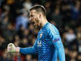 El FC Barcelona oficialitza el fitxatge de Neto