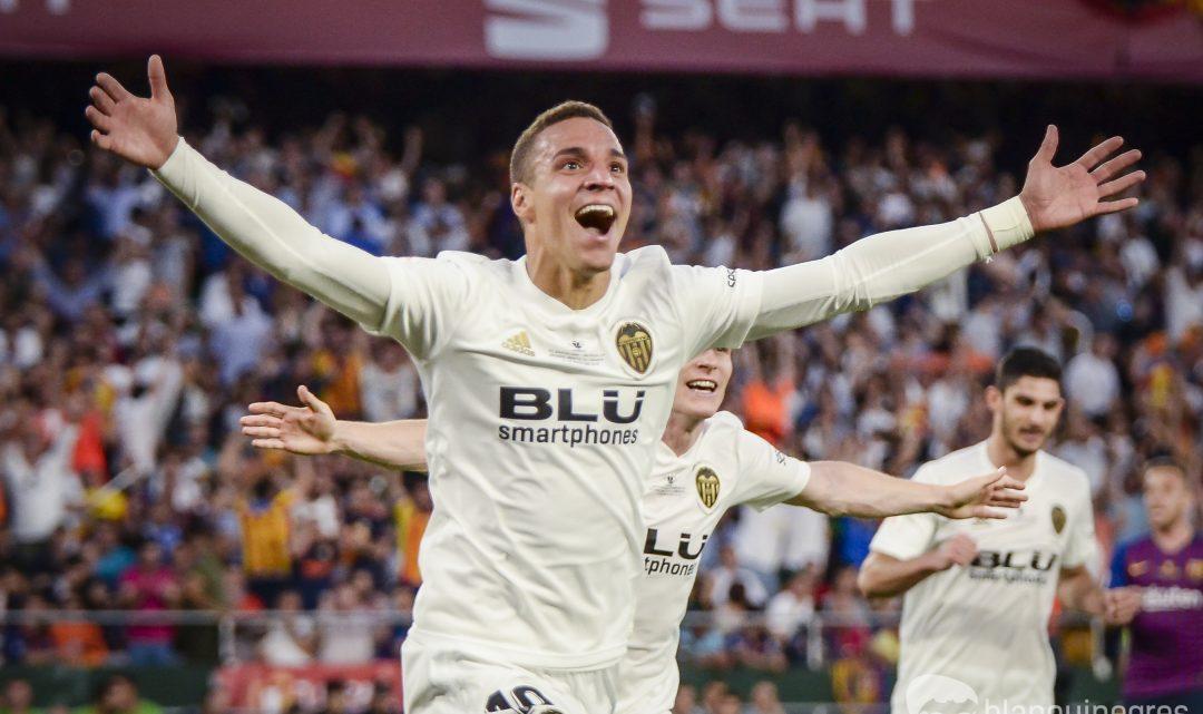 El València CF rebutja dos ofertes de 60 milions per Rodrigo.
