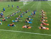 El València CF s'exercita en el primer entrenament  a Lens