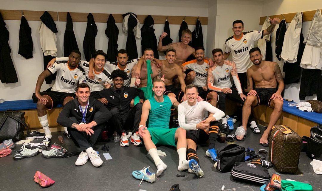 El València guanya la primera jornada de Champions nou anys després