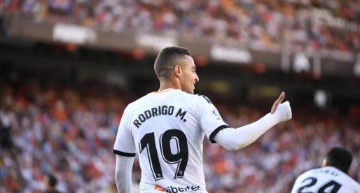 Sofrida victòria d'un València que es reconcilia amb Mestalla