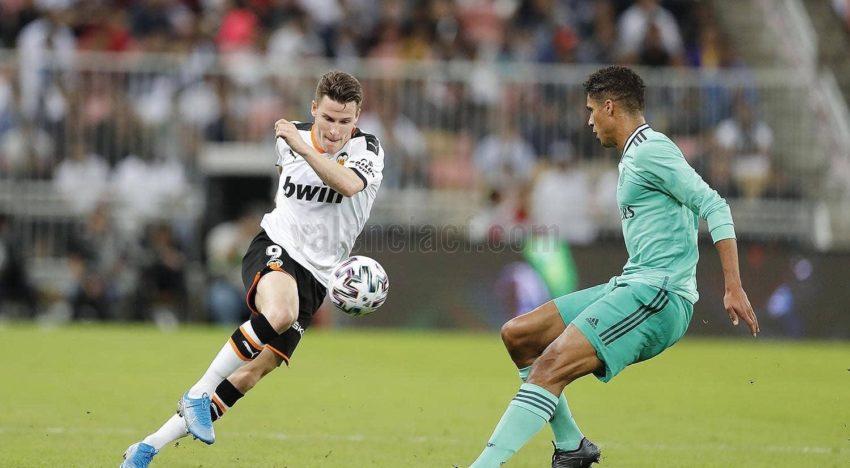 El València cau derrotat en un partit per a oblidar