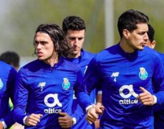 Dos promeses portugueses podrien vindre al VCF