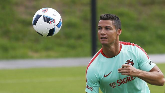 """Carboni: """"Tenia tots els contractes firmats amb Jorge Mendes per a fitxar a Cristiano"""""""
