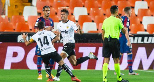 Al València i Llevant sempre els quedarà el pique de quedar per davant del rival