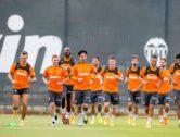 ENTRA I VOTA: Quin seria el teu doble pivot si Carlos Soler no arriba davant Osasuna?