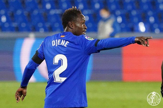 El València CF aposta fort per Djené