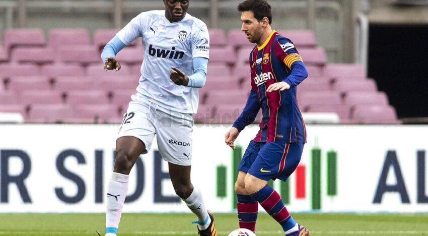 CRÒNICA: El València CF planta cara al Camp Nou i aconseguix sumar un punt