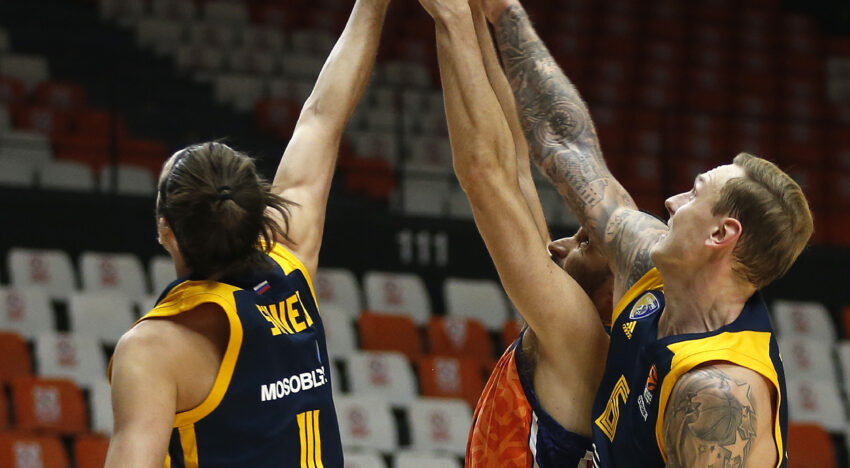 València Bàsquet no falla davant un pobre Khimki (88-82)