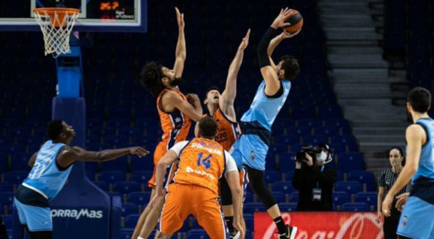 València Bàsquet aconsegueix la tercera victòria consecutiva amb una gran segona part