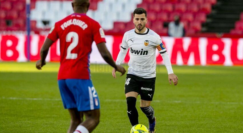 El València es pega un tir al peu a Granada