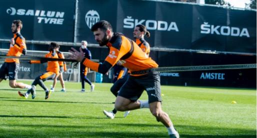 Cutrone marca un doblet i demana oportunitats en el València