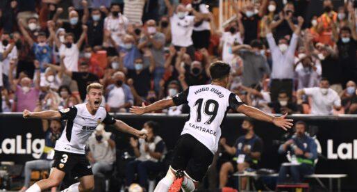 L'afició del València va crear un gran ambient a Mestalla