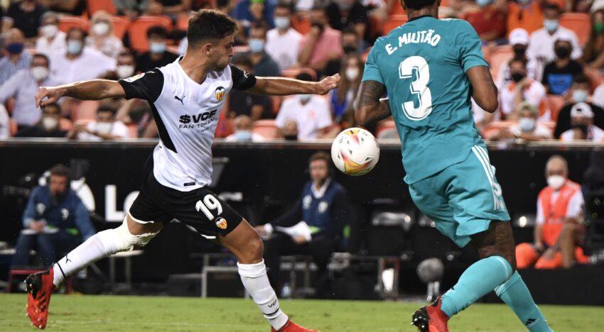 CRÒNICA: Injusta derrota del València davant el Reial Madrid a Mestalla