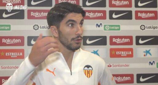 """Carlos Soler: """"Ansu Fati em va dir que el penal era molt dubtós"""""""